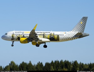 EC-LVP-Vueling-Airbus-A320-200_PlanespottersNet_522991[1]
