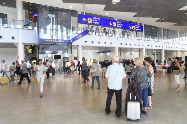 El aeropuerto de Castellón alcanza los 23.000 pasajeros y seguirá creando empleo en 2016