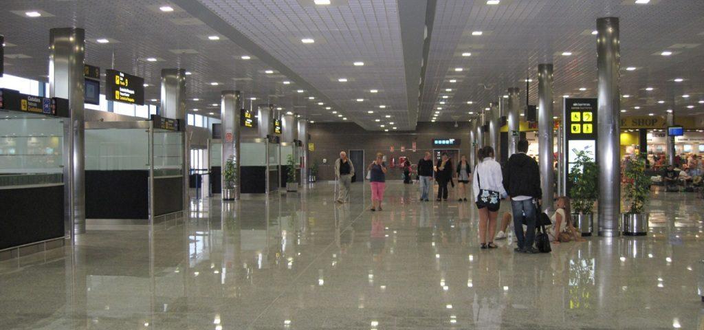 El aeropuerto de Tarragona estrena tres nuevas rutas con Ryanair para verano de 2016