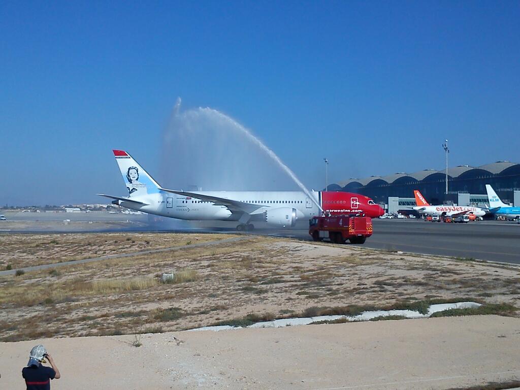 El aeropuerto de Alicante acogerá casi 5 millones de pasajeros en la temporada de invierno 2016/2017