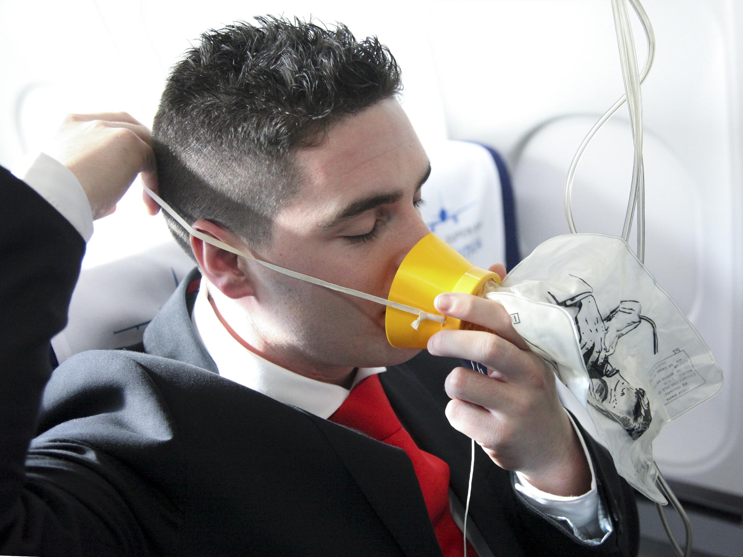 Contenido del curso TCP: Funciones de un auxiliar de vuelo en una emergencia aérea
