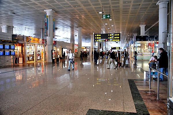 Confirmado nuevo récord en los aeropuertos de Barcelona, Tarragona y Girona: ¡Más de 6000 visitas durante un año!