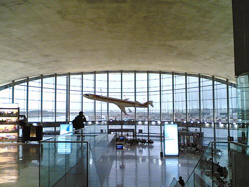Nueva ruta de Volotea entre el aeropuerto de Alicante y Toulouse