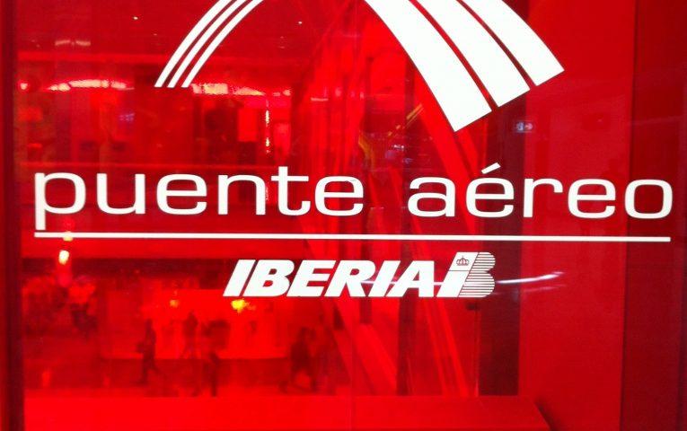 Así es el nuevo Puente Aéreo de Iberia y Vueling entre los aeropuertos de Barcelona y Madrid