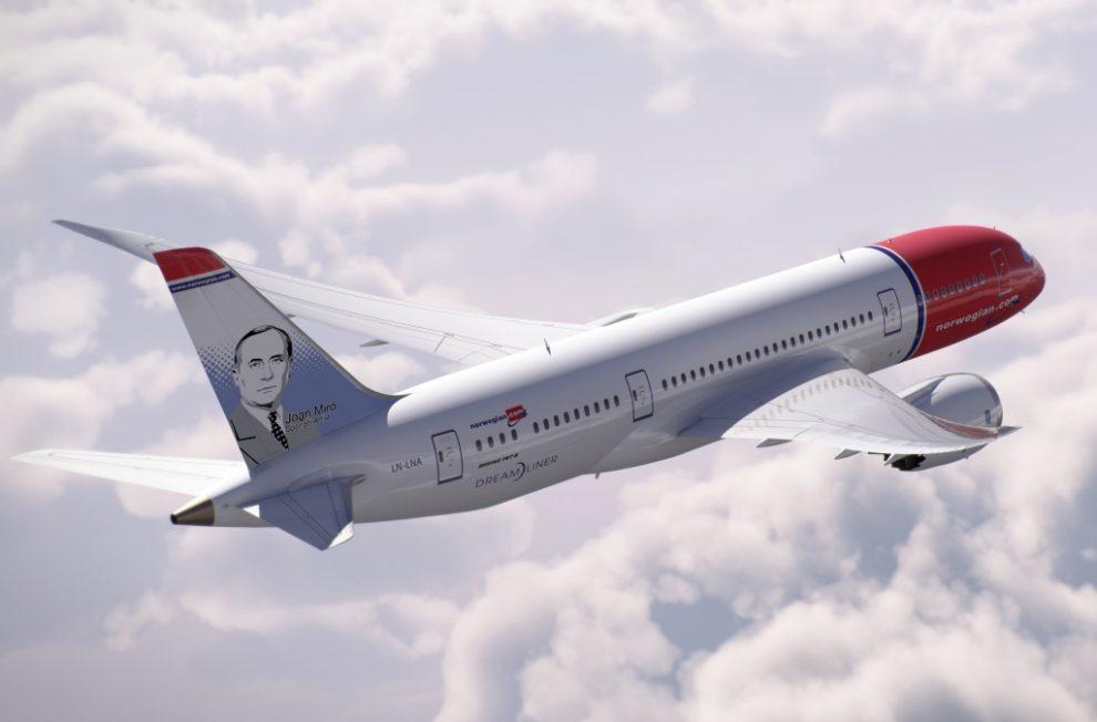 Joan Miró, en dos aviones de la compañía aérea Norwegian