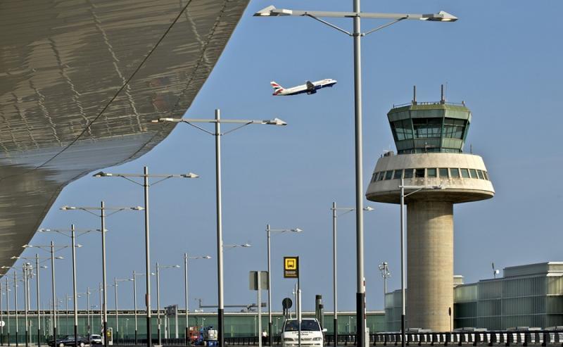 Bienvenida a los futuros auxiliares de vuelo en Barcelona. ¡Hola, promoción 193M!
