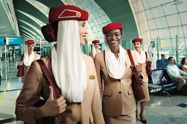 Oferta de empleo TCP: Emirates busca auxiliares de vuelo en Barcelona durante el mes de mayo de 2018