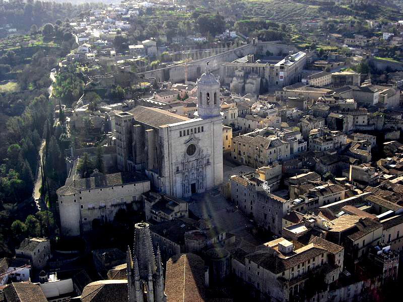 ¡Última llamada para verano de 2018! Nuevo curso auxiliar de vuelo TCP en Girona