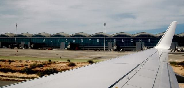 Nuevo curso auxiliar de vuelo TCP en Alicante: ¡Últimas plazas para el curso 2018/19!