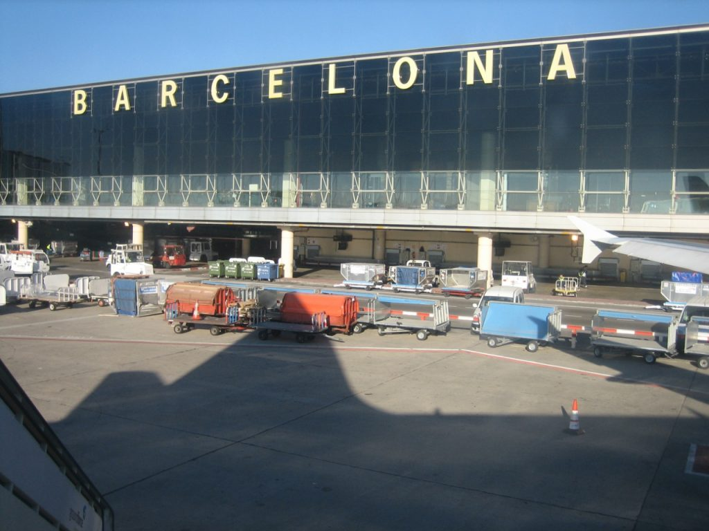 Enhorabuena a nuestros alumnos que trabajan en el aeropuerto de Barcelona, que alcanzó un nuevo récord histórico en agosto de 2018