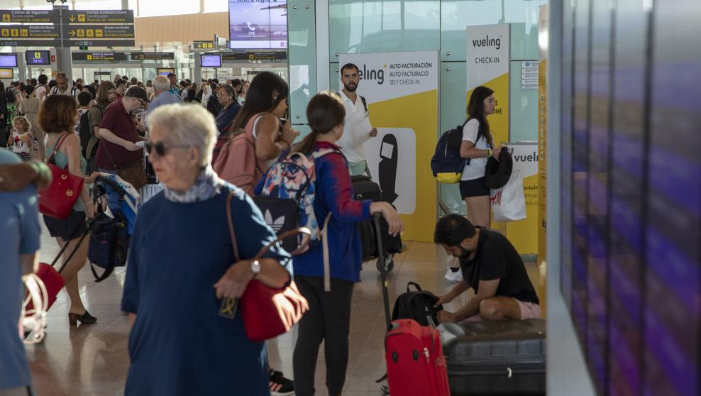 Novedades de la compañía easyJet en los aeropuertos de Sevilla y Granada para la temporada de invierno 2018/2019