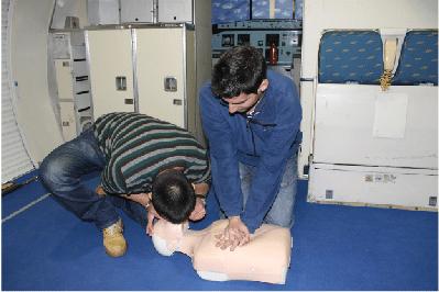 Entrevista a nuestro alumno Aritz, auxiliar de vuelo TCP en Vueling